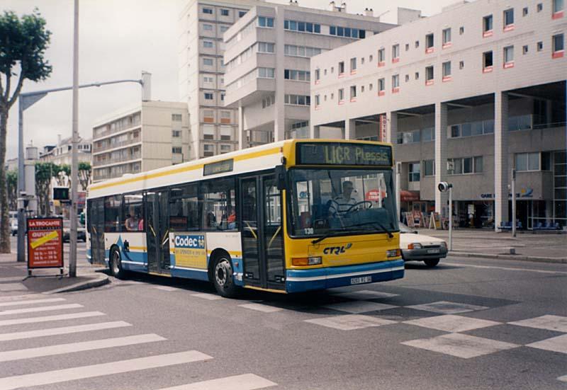 Vos Photos !  - Page 4 _lorient-gx317_401-b-gare_d_echanges-cours_de_chazelles-16-07-1997-Christobal