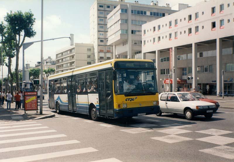 Vos Photos !  - Page 4 _lorient-r312_201-b-gare_d_echanges-cours_de_chazelles-16-07-1997-Christobal