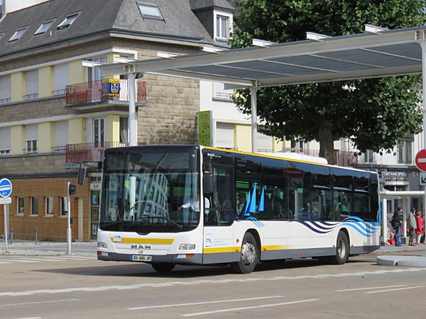 [Photos] Mercedes / MAN / Setra - Page 2 Lorient-lions-city_631_bsa-ligne_34-gare_d_echanges-cours_de_chazelles-2017-07-20-Christobal