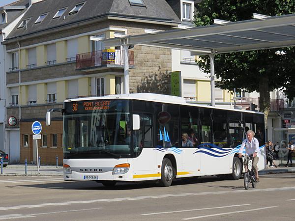 [Photos] Mercedes / MAN / Setra - Page 2 Lorient-s415nf_as-143-jv_kerjean-ligne_50-gare_d_echanges-cours_de_chazelles-2017-07-20-Christobal