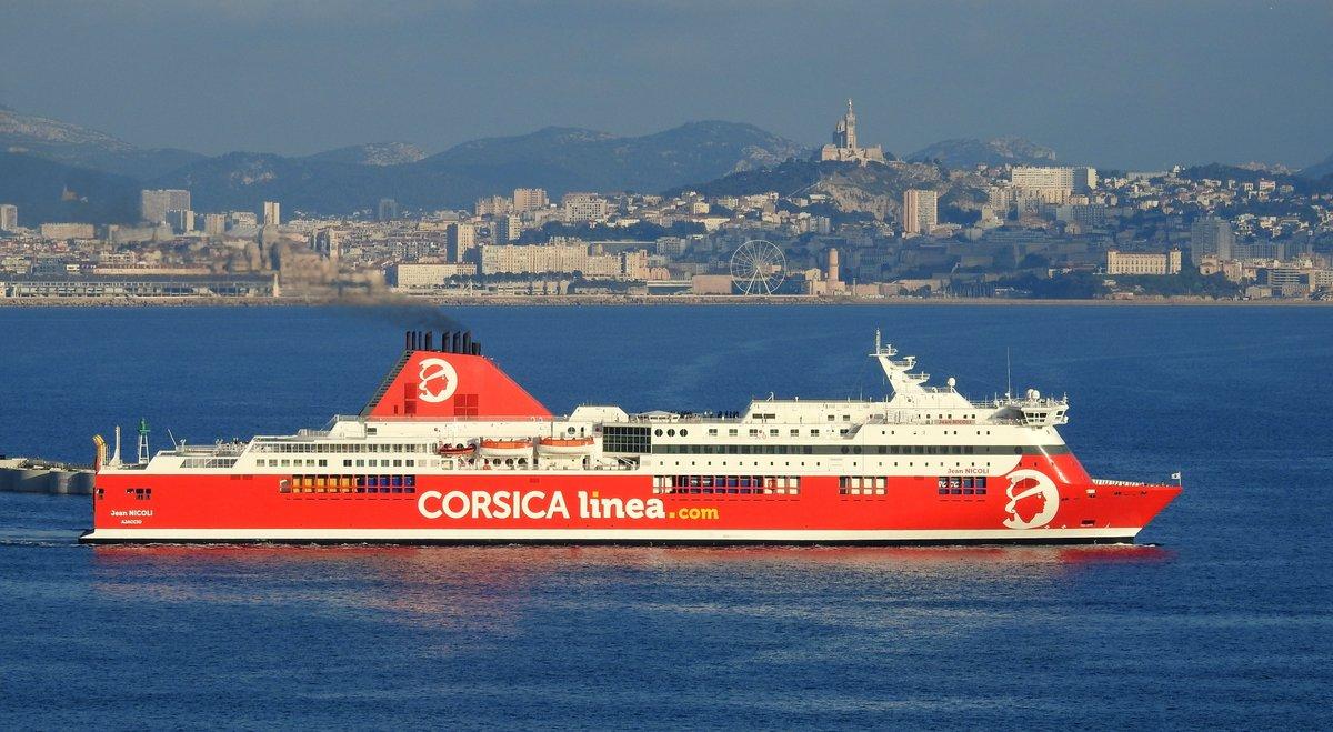 57e2b3b6ae Le départ de Marseille du Jean Nicoli de Corsica Linea en juillet 2018  (photo :