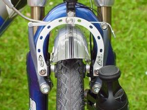 freins v-brakes � pouss�e parall�le